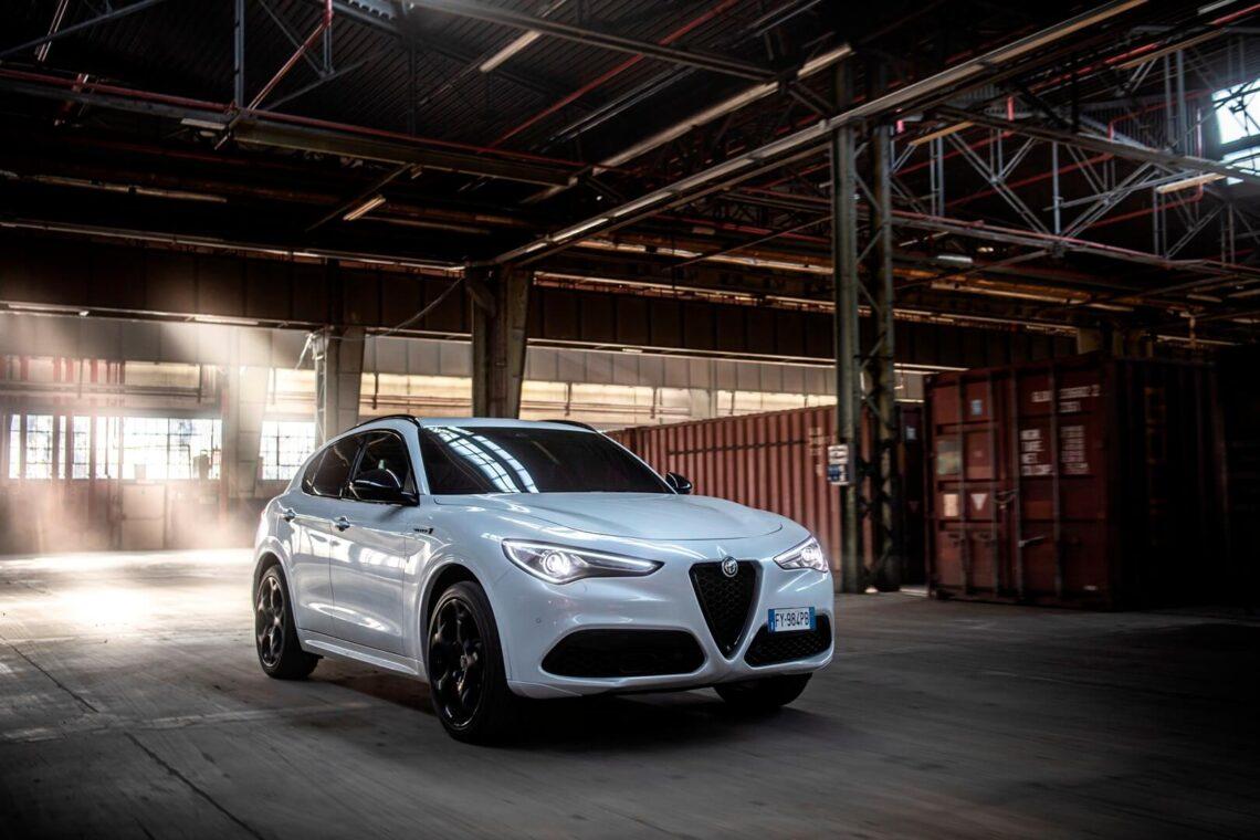 Alfa Romeo Stelvio Veloce Ti front live
