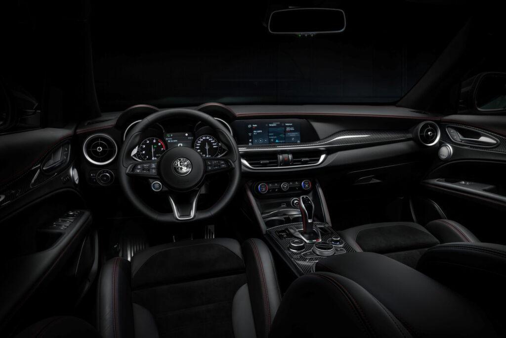 Alfa Romeo Stelvio Veloce Ti interier photoshoot